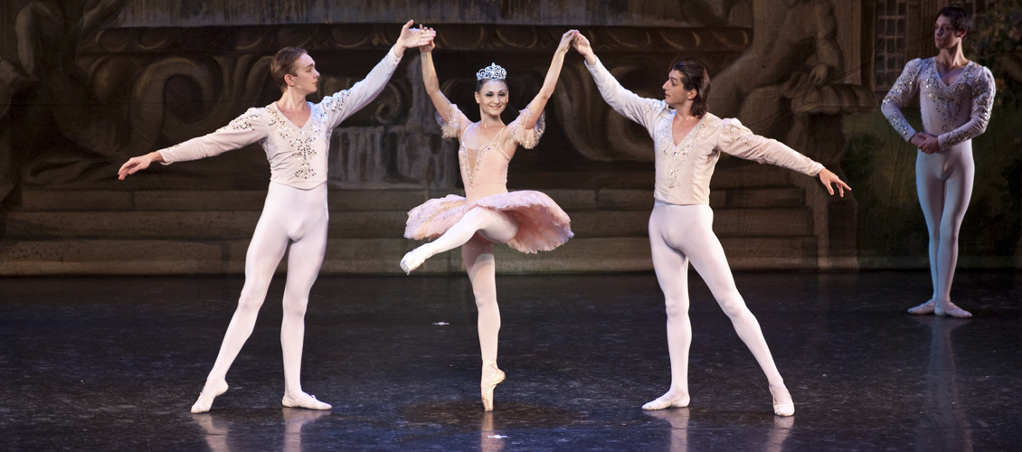 Saint Petersburg Classic Ballet : The Nutcracker