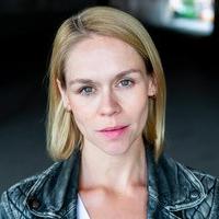Katie Ray (Dyanne)