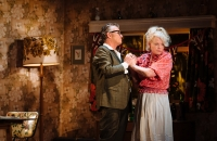 Shane Richie (Archie Rice) and Sara Crowe (Phoebe Rice) in The Entertainer - Helen Murray Photography