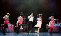 The Wedding Singer John Robyns as Robbie and Company (c) Darren Bell